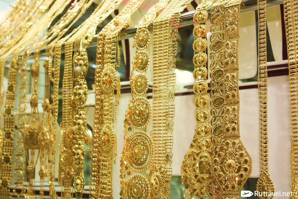 Дубай купить золото снять домик в франции